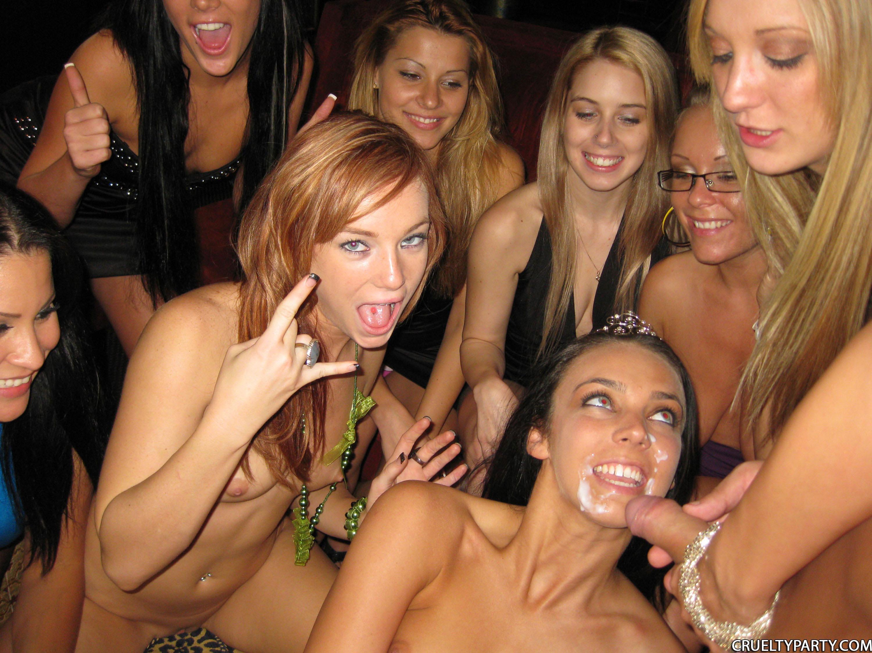 Русские вечеринки в русских клубах ххх онлайн 18 фотография
